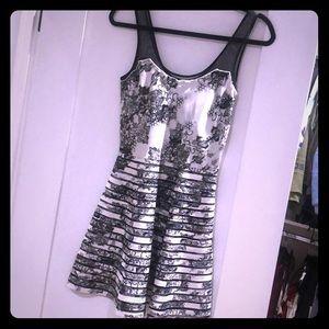 PARKER DRESS size XS